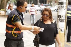 Os pedestres aprovaram a medida da Amub para ordenar o trânsito no centro da cidade,